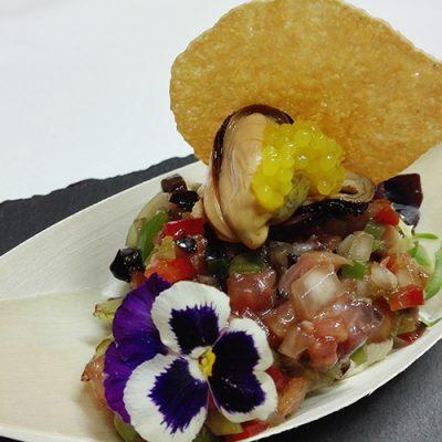 Ensalada de Mejillones con Esferas de yuzu
